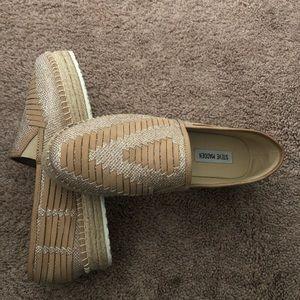 Steve Madden tan shoes